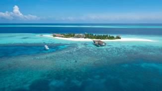 1. FOUR SEASONS PRIVATE ISLAND MALDIVES AT VOAVAH, MALDIVES