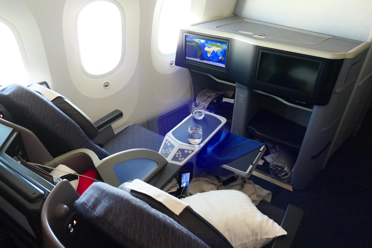 United B787 9 Polaris Business Class Paris To San